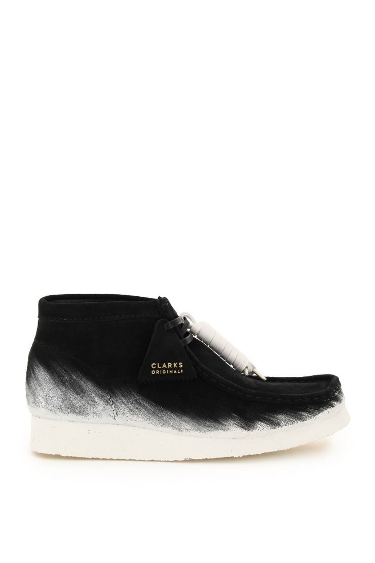 clarks bra252 painted wallabee lace-up boots