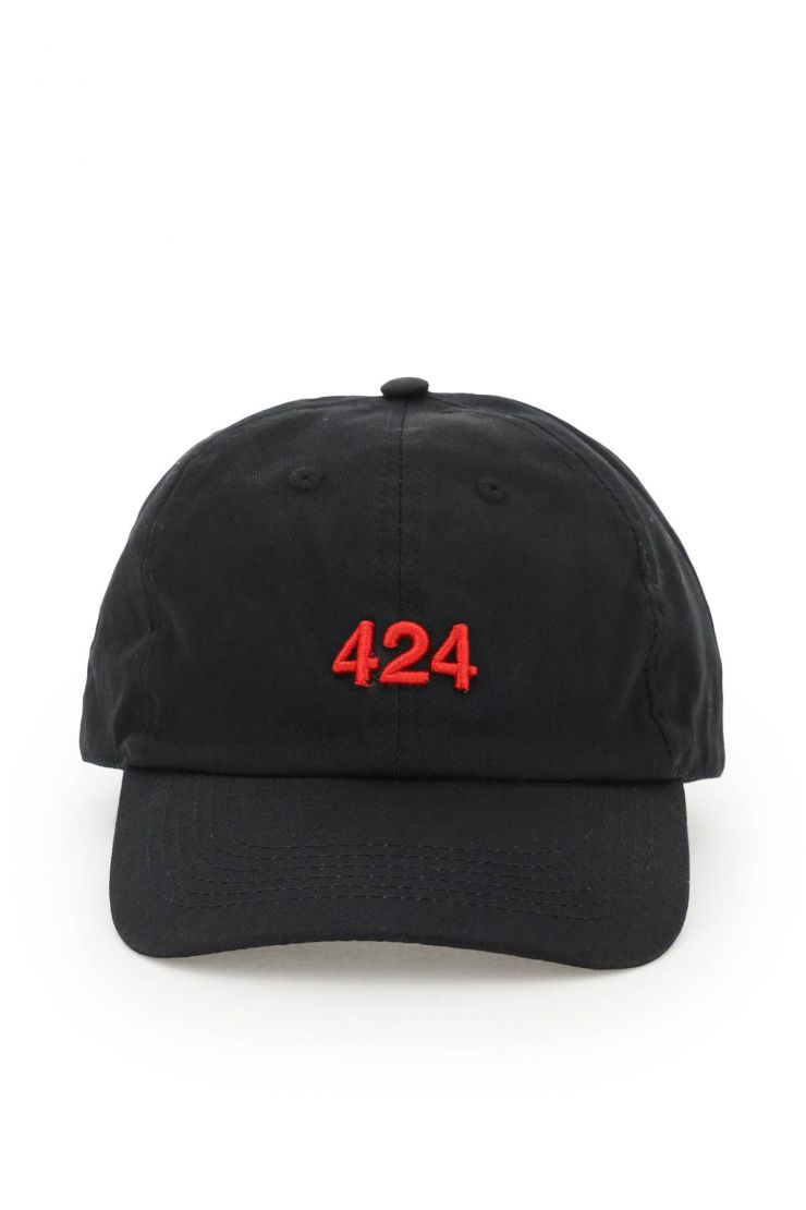 424 scarves, hats and gloves alias baseball hat with logo